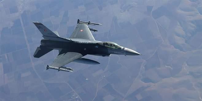 Yunan uçaklarından Türk jetine 'taciz'