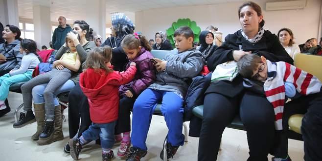 Çocuk hastaneleri doldu taştı