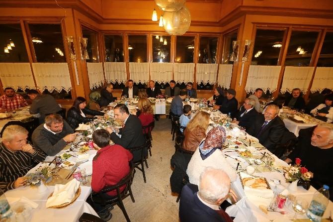 Selçuk'ta Gazetecilere Özel Yemek