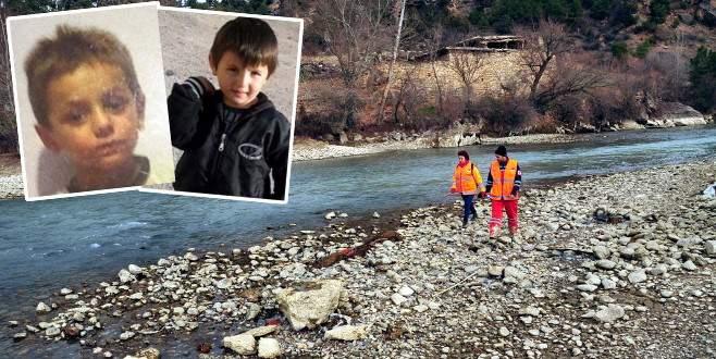 Kayıp çocukları bulmak için baraj kapakları kapatıldı