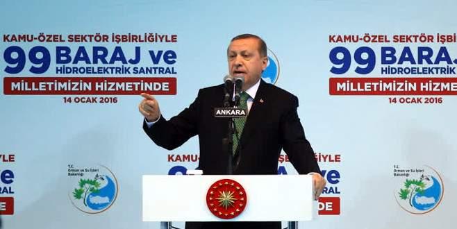 Erdoğan: 'Kendilerine akademisyen diyen bir grup…'