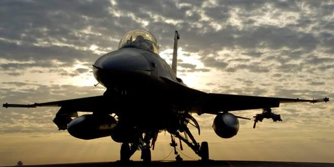 Türk jetlerine 40 saniyelik taciz!