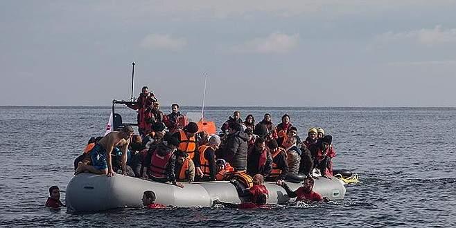 Ege Denizi'nde sığınmacı botu battı, 3 çocuk öldü