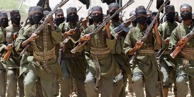 Eş-Şebab askeri üssü ele geçirdi