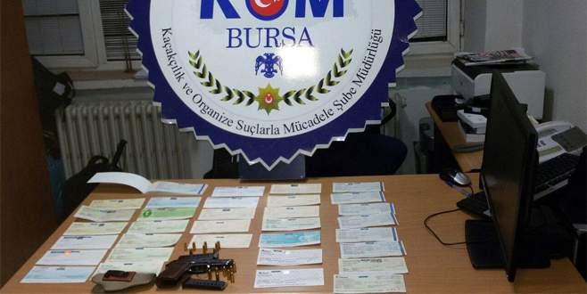 Bursa'da sahte çek operasyonu