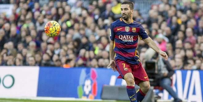 Arda'lı Barcelona coştu