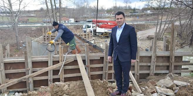 Eskikaracakaya'ya yeni köprü yapılıyor