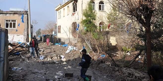 Silopi'de teröristlerin yıktığını devlet onaracak