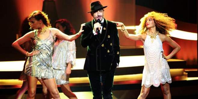 Türk şarkıcı Eurovision'da yarışacak!