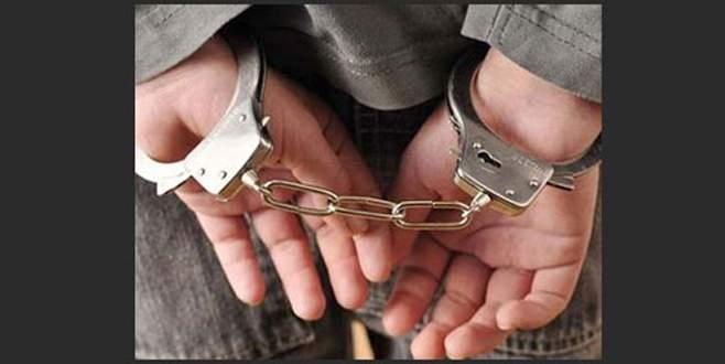 19 yaşındaki genç 'hakaret'ten tutuklandı