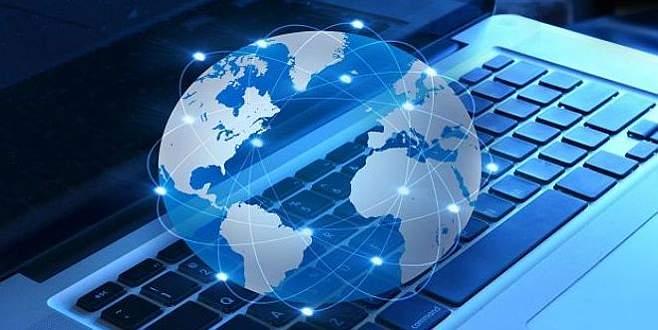 İnterneti ucuzlatacak uydu teslim alındı
