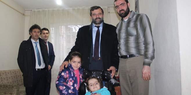 Suriyeli Lina'nın sandalye mutluluğu