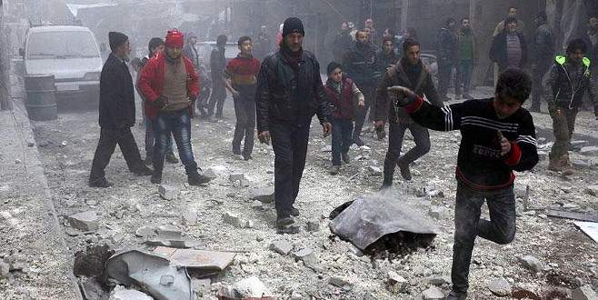 Rus güçleri İdlib'i balistik füzeyle vurdu