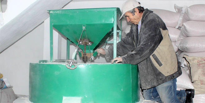 Bursa'nın son taş değirmeni zamana direniyor