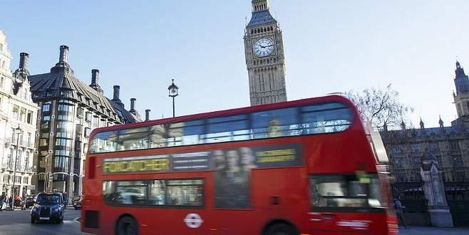 İngiltere'de ev sahipleri vize kontrolü yapacak