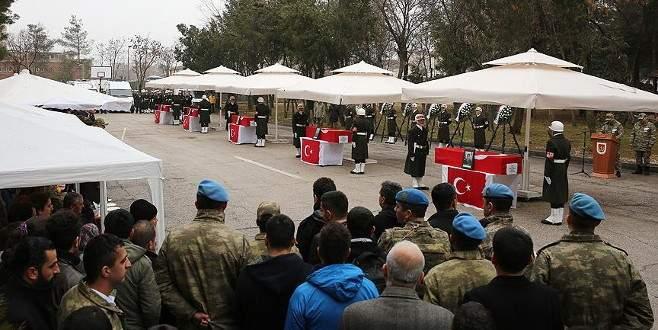 Sur şehitleri için tören düzenlendi