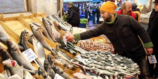 Balık fiyatları altınla yarışıyor