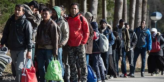 Skandal çağrı: 'Sığınmacılara yiyecek vermeyin'
