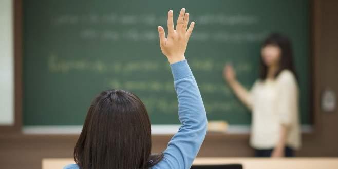 Sahte diplomalı 5 öğretmen görevden uzaklaştırıldı
