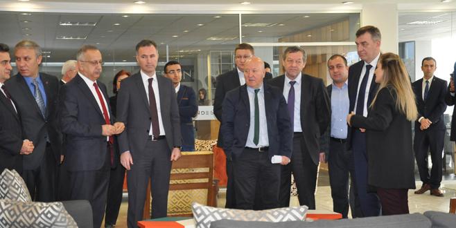 Belaruslu bakandan işbirliği çağrısı
