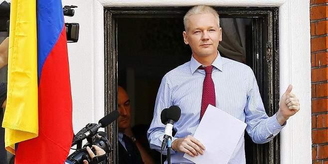 'Assange keyfi olarak gözaltında tutuluyor'