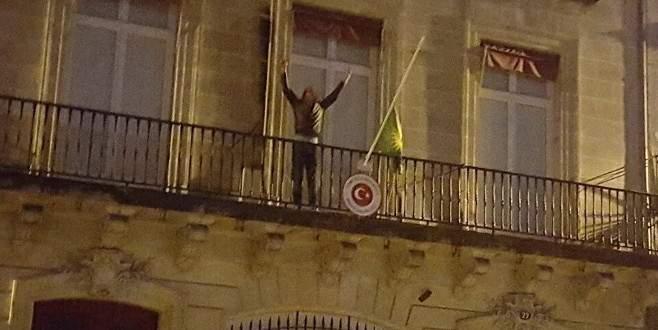 PKK, Türk Konsolosluğu'na saldırdı