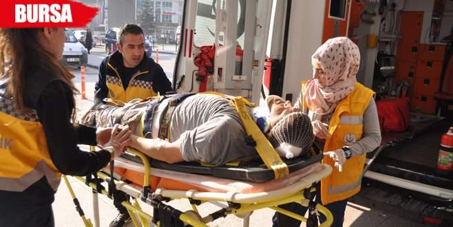 Çatıdan düşen genç işçi yaralandı