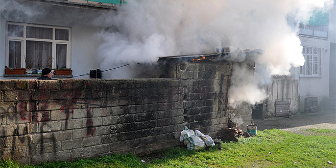 Bursa'da korkutan yangın! Faciayı itfaiye eri önledi