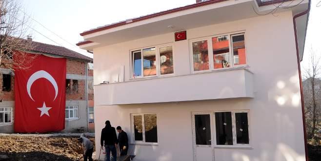 Şehit Uğur Akyer'in ev hayali gerçek oldu