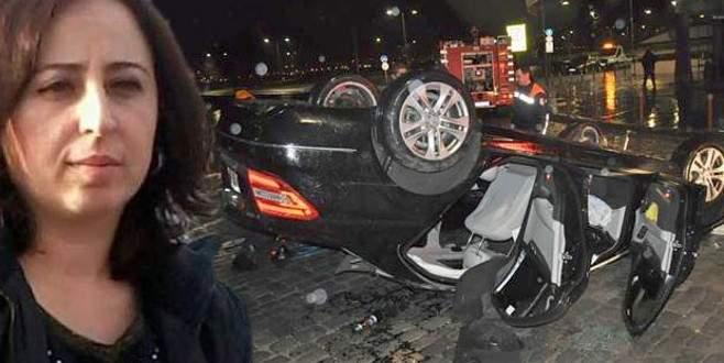Feci kaza… 'Sunroof'a başı sıkışan kadın öldü