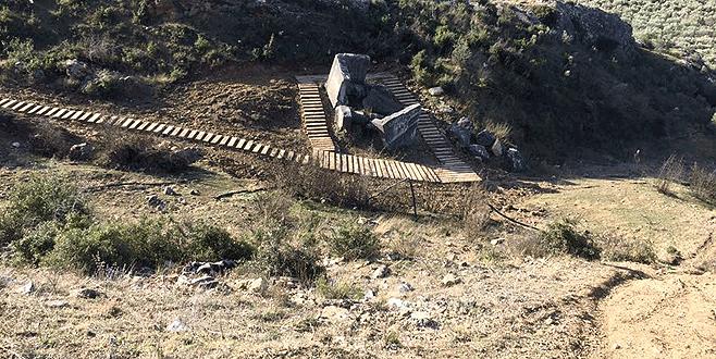 İznik'teki lahit uzman ekipler tarafından temizlenecek
