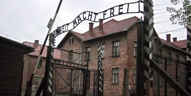 Auschwitz'in eski çalışanı hakim karşısında