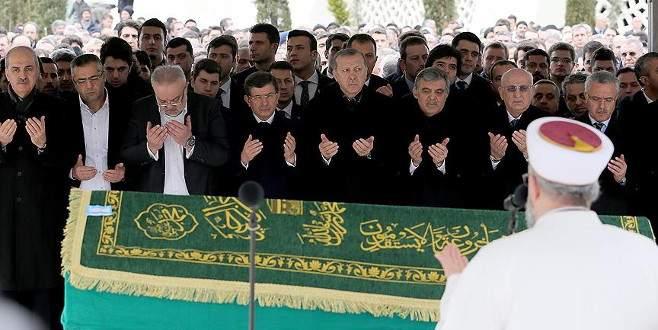 Abdullah Gül'ün kayınpederi toprağa verildi