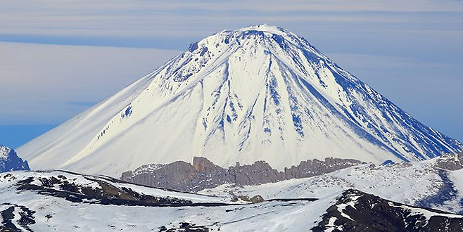 Ağrı Dağı'na tırmanan dağcı kayıp