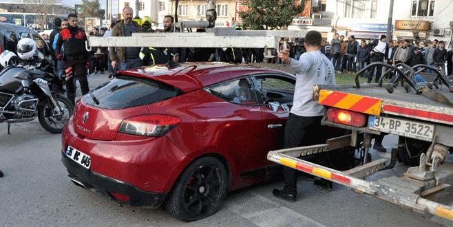 Bursa'da polis dur ihtarına uymayan araca ateş açtı!