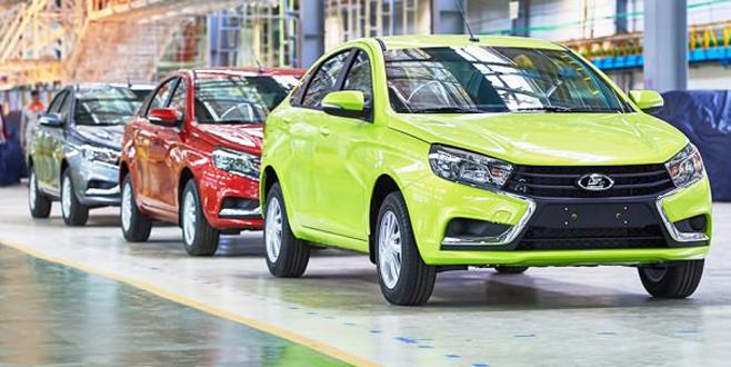 Rus otomobil üreticisi haftada 4 gün çalışacak