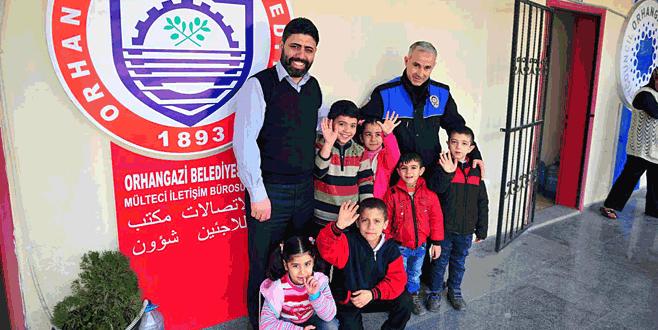 Suriyeli çocuklar okullara yerleşiyor