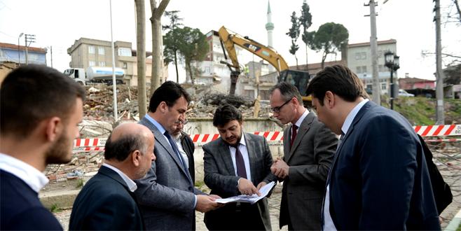 Bursa'nın yeni meydanında çalışmalar hızla sürüyor