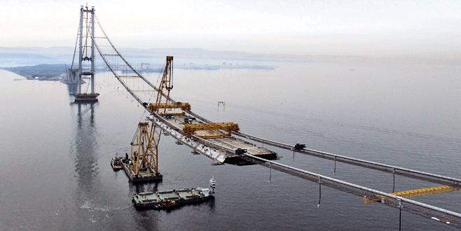 Körfez köprüsünde ilk 275 metre tamamlandı