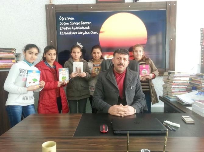 Öğrencilerin Kitap Okuma Aşkı