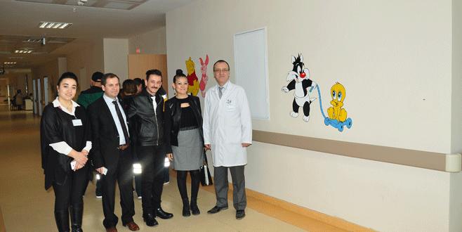 Hastanede çocuk servisi resimlerle süslendi