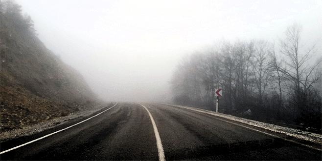 Bursa'da sis ulaşımı aksatıyor