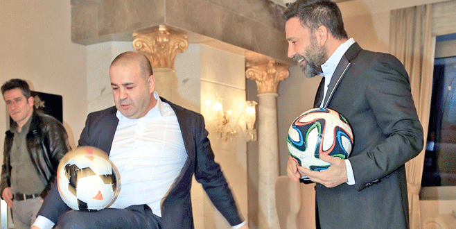 Şafak ve İzzet'ten futbol şov