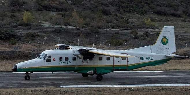 21 kişiyi taşıyan uçak kayıp
