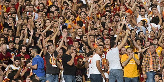 Galatasaray taraftarı Roma'da bıçaklandı
