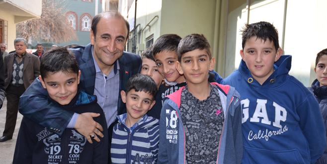 Edebali 'halka en yakın başkan' seçildi