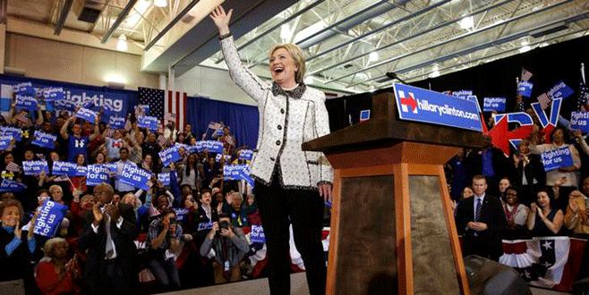 Clinton açık ara farkla kazandı