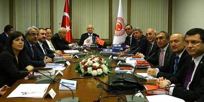 CHP masaya oturma şartını açıkladı