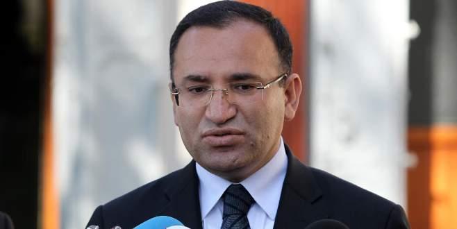 Bozdağ: AYM'nin Dündar ve Gül ile ilgili kararı anayasa ihlali