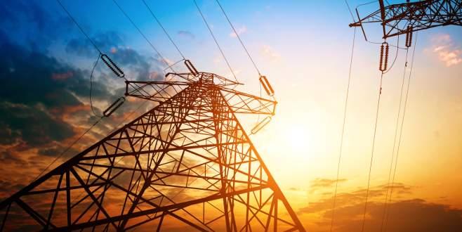 Suriye'nin tamamında elektrik kesildi